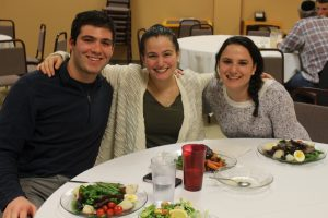 Students at Hillel Cafe Dinner